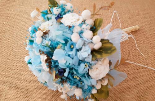 Ramo, corona y prendido de solapa caballero – Flores de hortensia