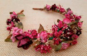 Diadema flores granate camel