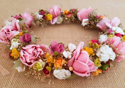 Corona novia ibicenca rosas