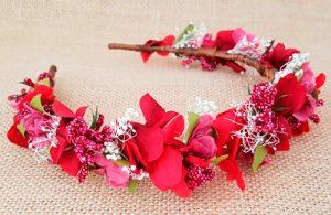 Diadema flores granate vino