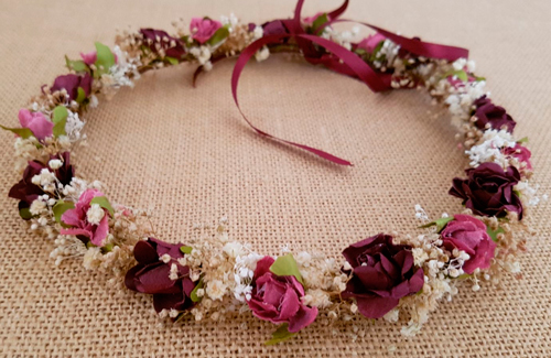 Corona flores granate y cámel