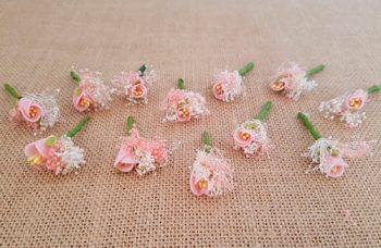 Flores sueltas rosa