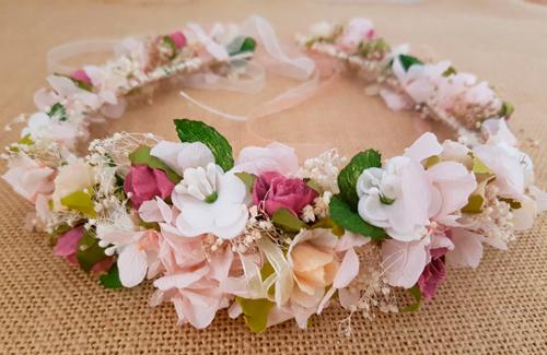 Corona marfil rosa hortensias