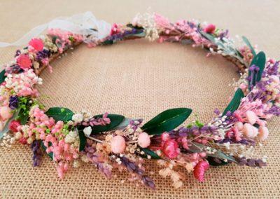 Corona ramas olivo y flores secas
