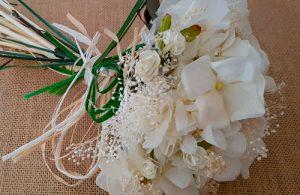 Ramo novia hortensias blanco