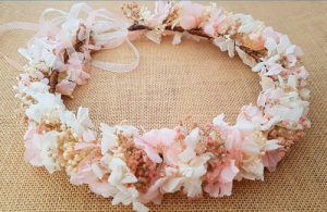 Corona hortensias y paniculata rosa