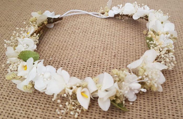 Corona bebe hortensias marfil