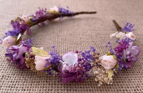 diadema flores malva morada